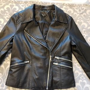 Foxy Jeans black moto jacket NWT vegan leather Med